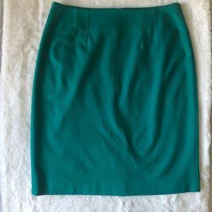 Halogan Pencil Skirt Green.